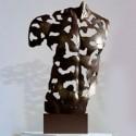 Acheter une sculpture figurative dans une galerie d'art contemporain
